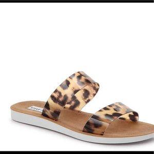 Steve Madden Shoes - New Steve Madden Lam Sandals❤️